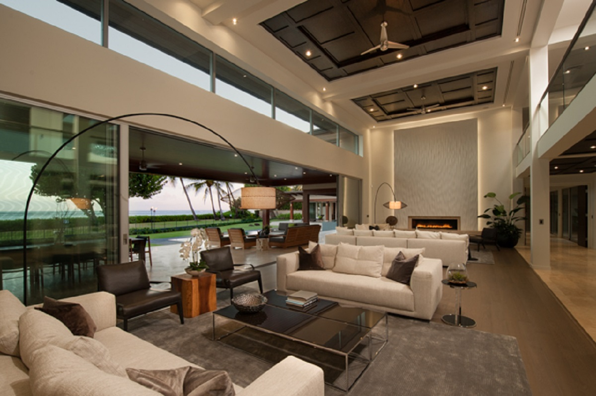 Expansive relaxing living area.