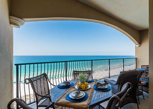 Villa Coyaba 406 Balcony
