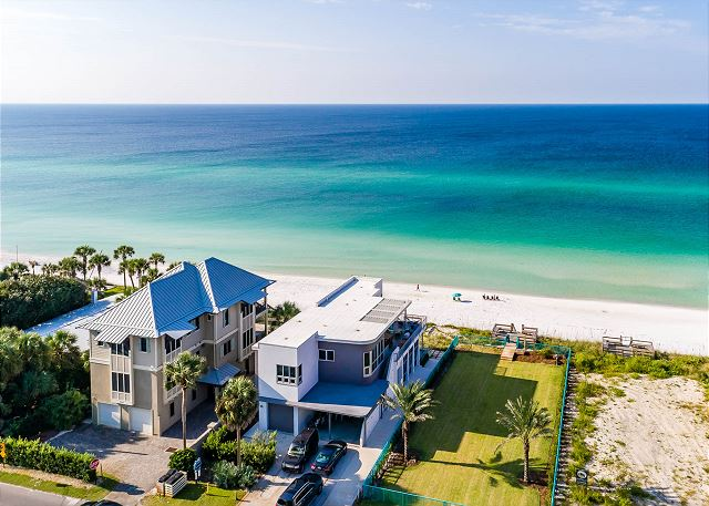 Ariel View: Pinner House and Gulf