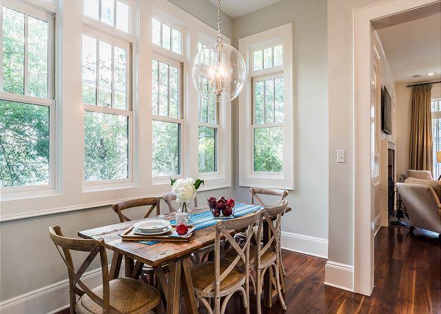 First Floor: Kitchen Table