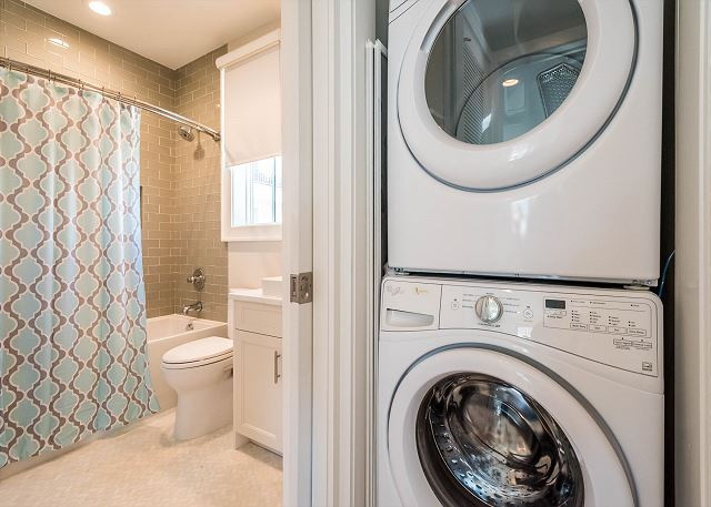 Carriage House: Laundry