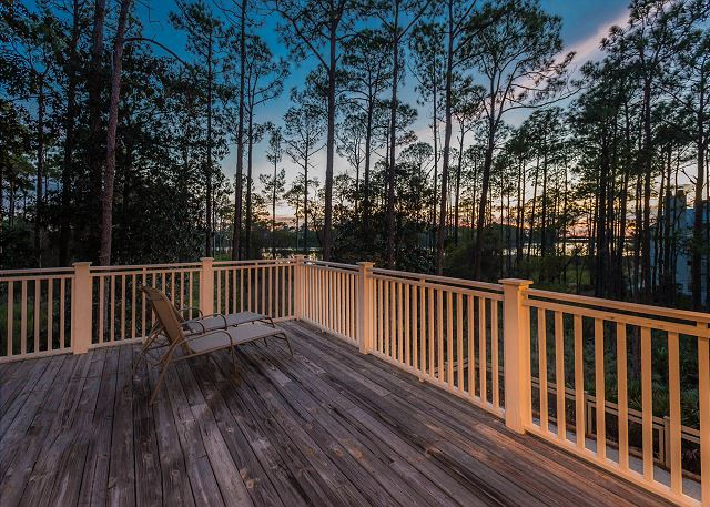 Second Floor: Back Deck and Western Lake View