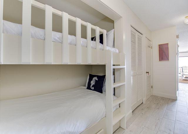 Built In Hallway Bunk Beds