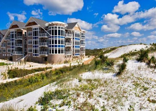 99 Compass Point Way S #405