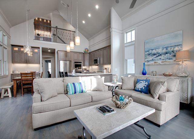 Second Floor: Living Area
