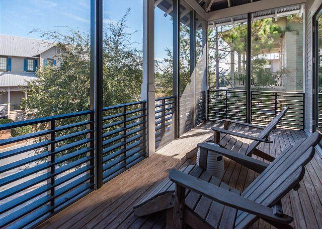 2nd Floor: Wrap Around Porch