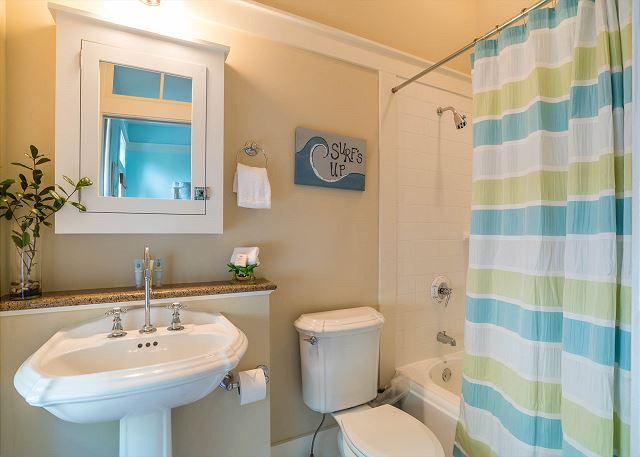 Second Floor: Bunk Room Private Bathroom