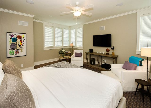 Fourth Floor: King Master Suite