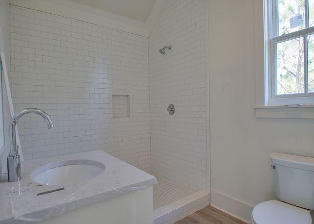 Third Floor: Guest Bathroom