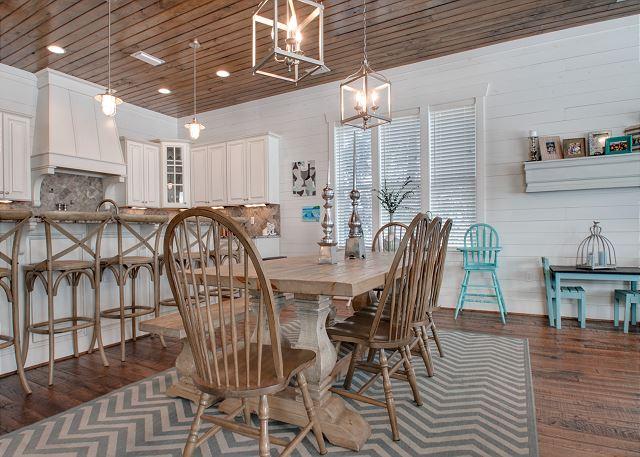 First Floor: Dinning Area