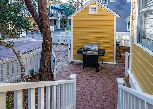 Porch Space and Grill