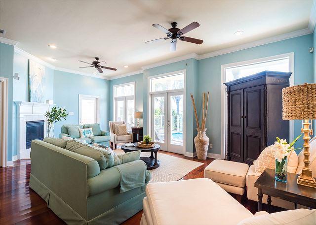 First Floor: Living Area