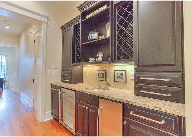 Second Floor: Efficiency Kitchen