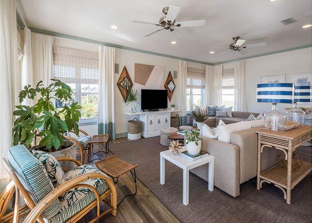 Living Room: Open Floor Plan
