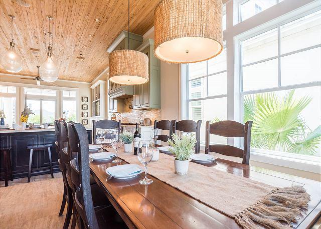 Second Floor: Dining