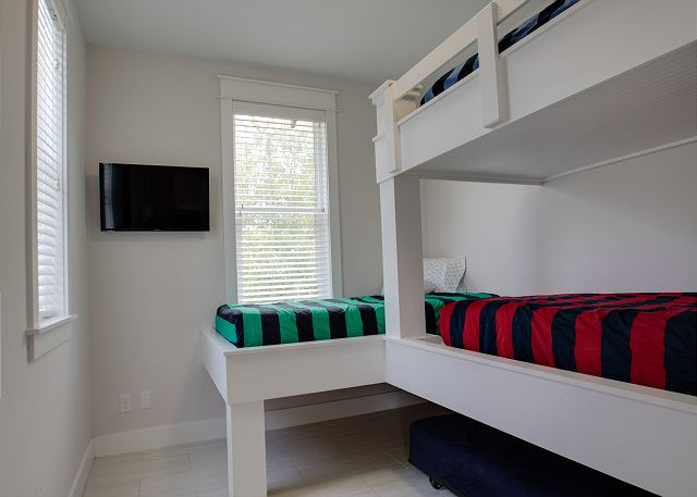 Third Floor: Bunk Room with Shared Bathroom