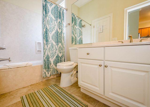 Guest Bathroom, Third Floor