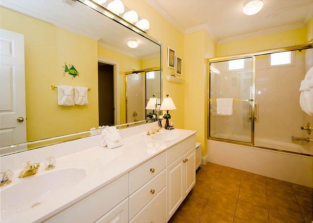 Guest Bathroom, Second Floor