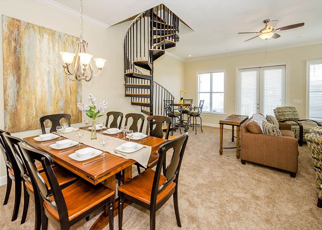 Dining Area, Third Floor