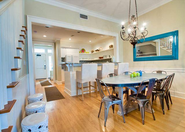 Second Floor: Dining Area