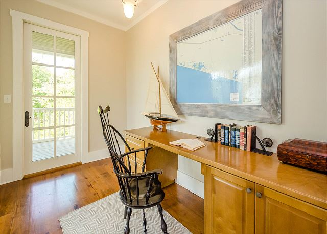 Second Floor: Office Space off Hallway
