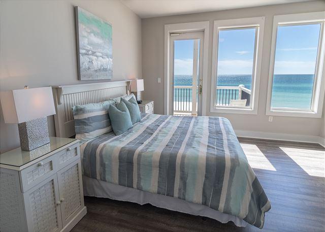 Main House: Third Floor Guest Bedroom