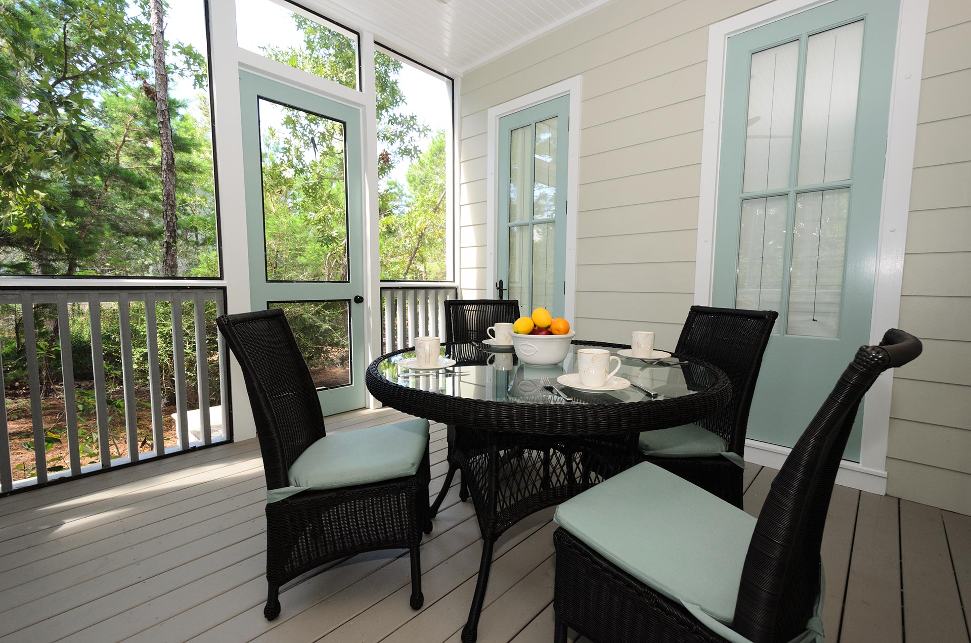 Screened In Porch Seating