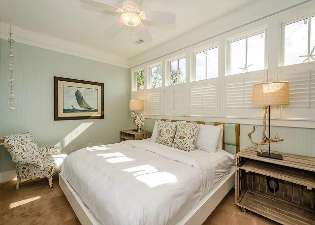 Second Floor: King Bedroom