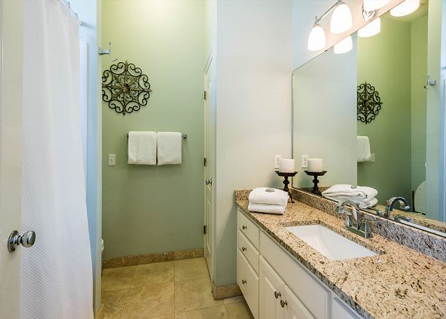 First Floor, Guest Bathroom