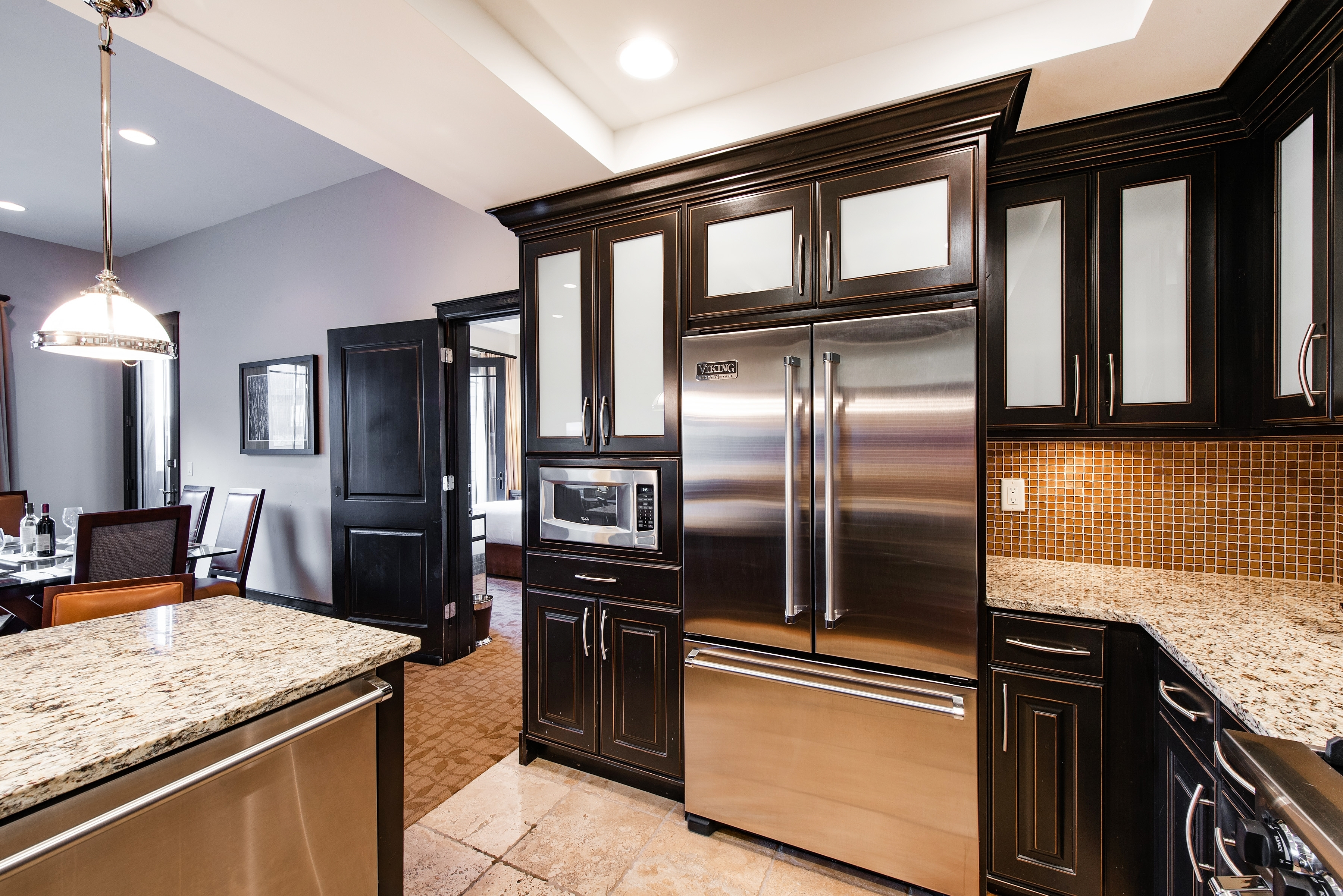 Spectacular 2 Bed 3 Bath condo with Kitchen and Living Room