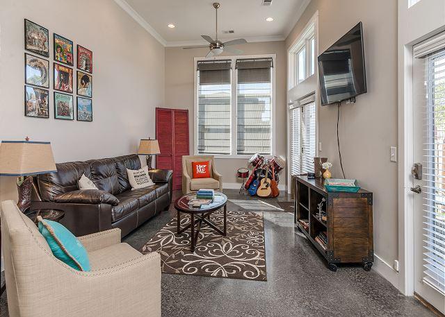 living room in Nashville vacation rental