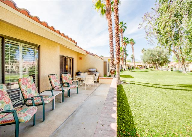 Palm Desert CA Vacation Rental Relax on the