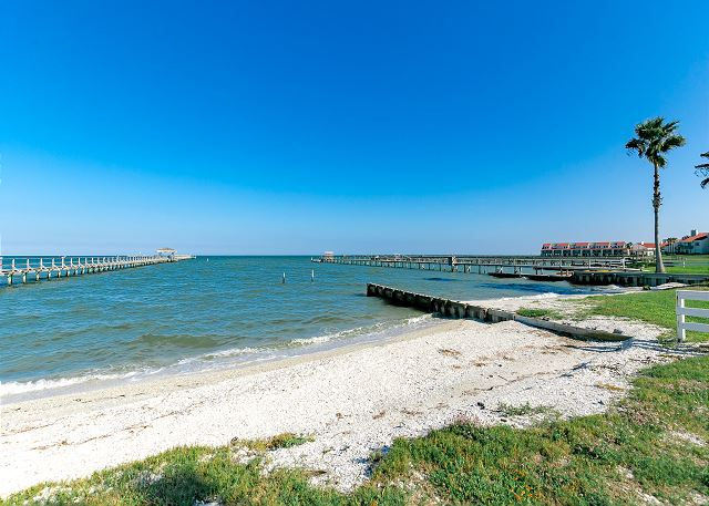 Rockport TX Vacation Rental Walk right out