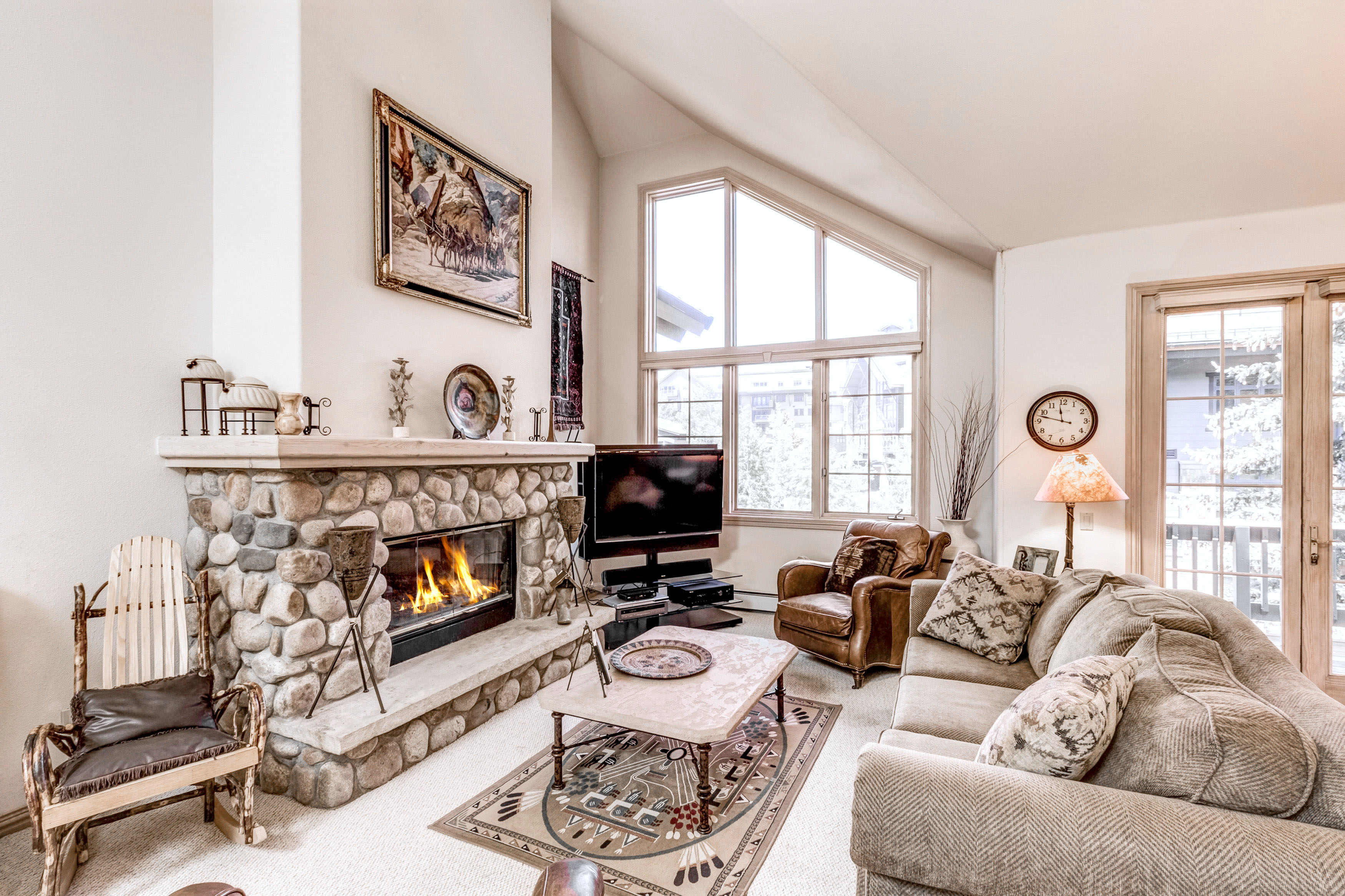 Steamboat Springs CO Vacation Rental Large windows flood