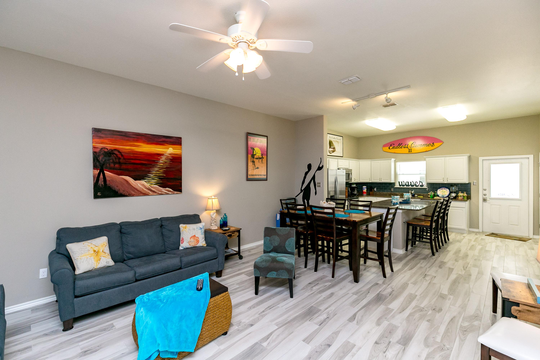 Corpus Christi TX Vacation Rental Open floorplan in