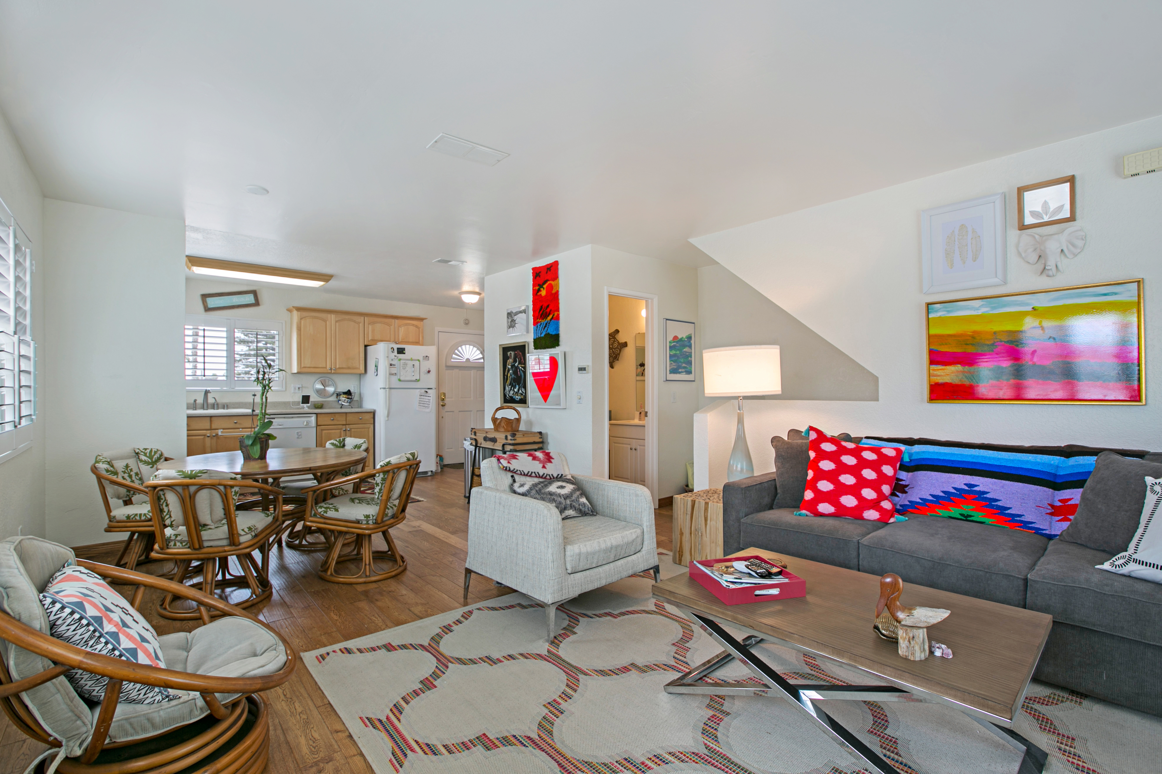 Imperial Beach CA Vacation Rental Funky pops of