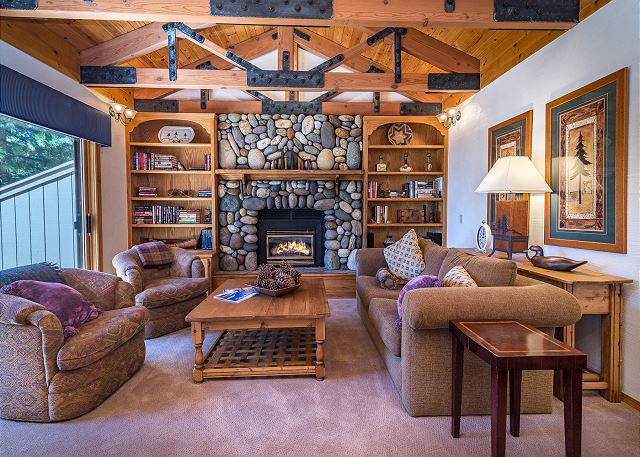 Incline Village NV Vacation Rental The cozy cabin-style