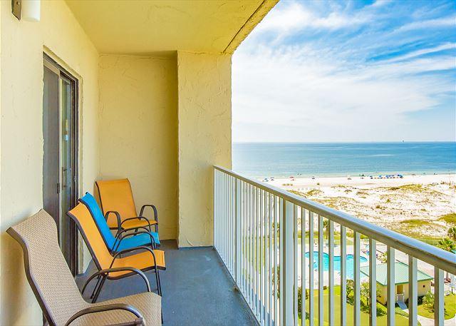 Gulf Shores AL Vacation Rental Comfortable patio chairs