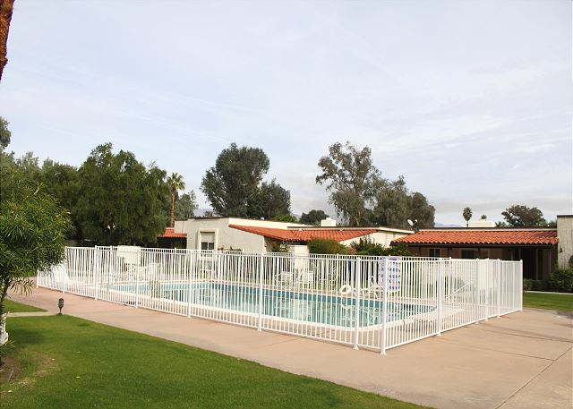 Borrego Springs CA Vacation Rental Hit the hiking