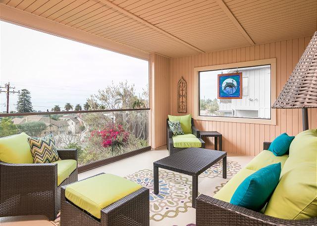 Ventura CA Vacation Rental A enclosed patio