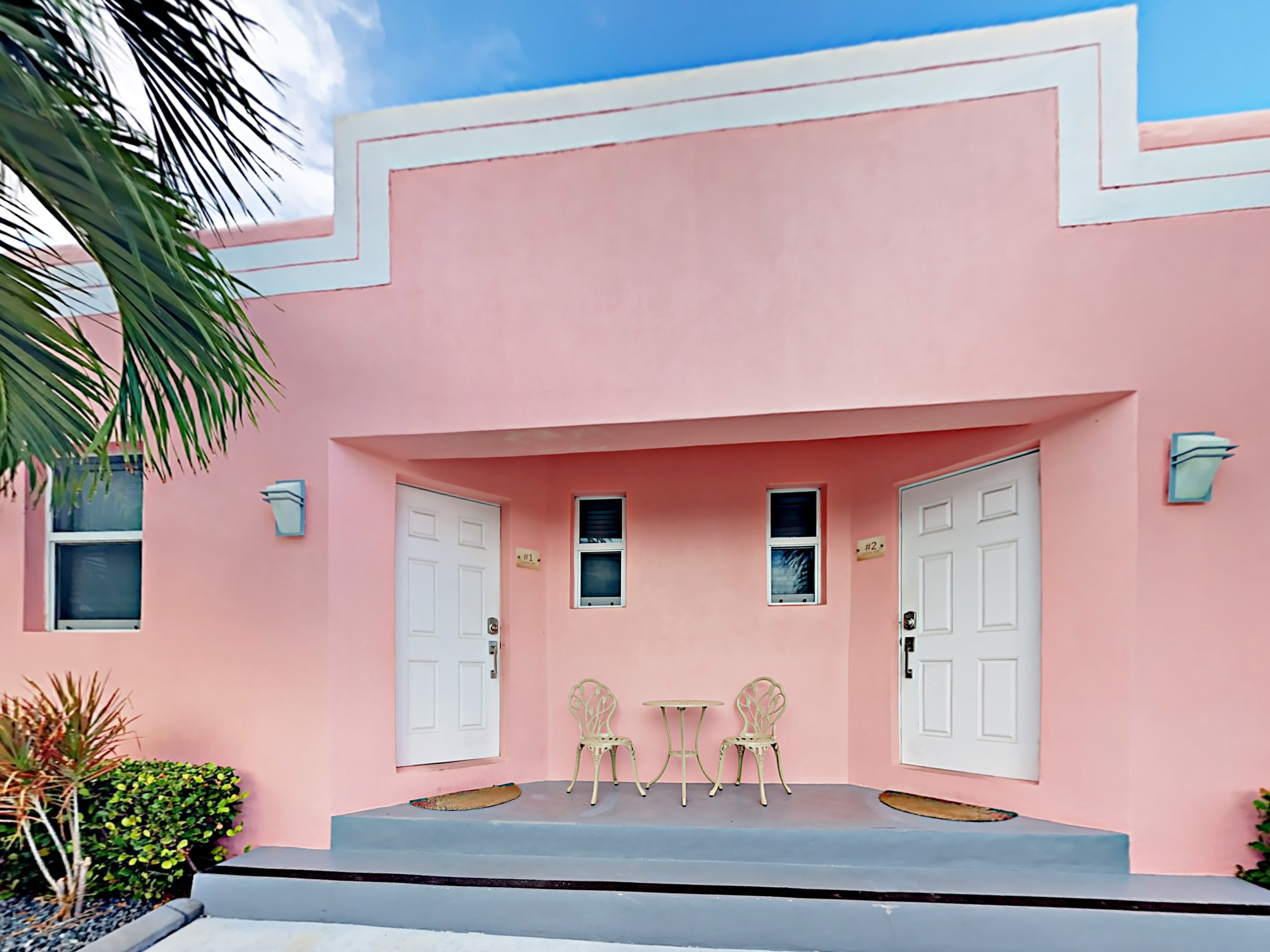 Hollywood FL Vacation Rental One prime parking