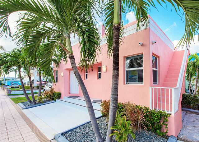 Hollywood FL Vacation Rental Welcome to Hollywood!