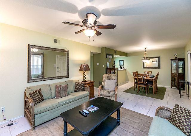 Corpus Christi TX Vacation Rental Tiled floors expand