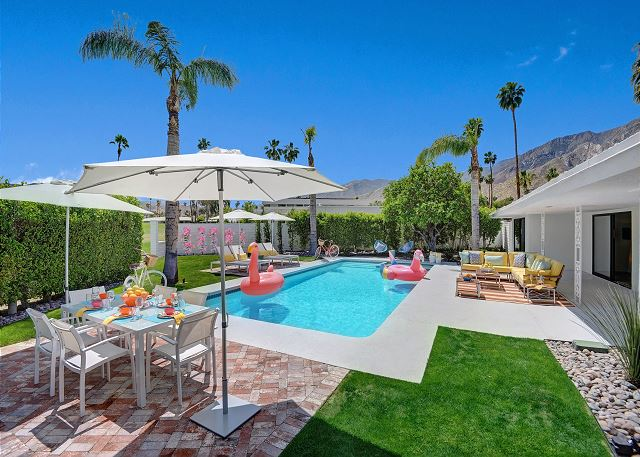 Palm Springs CA Vacation Rental Gather your favorite