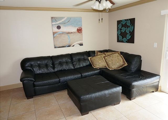 Galveston TX Vacation Rental Lounge on the