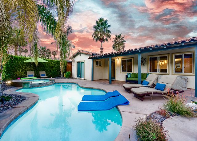 Palm Springs CA Vacation Rental Splash in the
