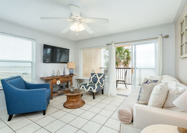 Galveston TX Vacation Rental Queen-size sleeper sofa