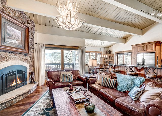 Steamboat Springs CO Vacation Rental Gas fireplace and