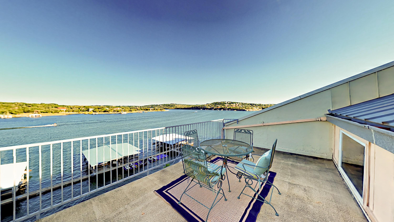 Spicewood TX Vacation Rental Dreamy lake views