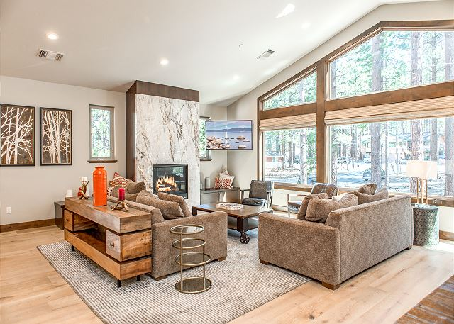 South Lake Tahoe CA Vacation Rental An open living
